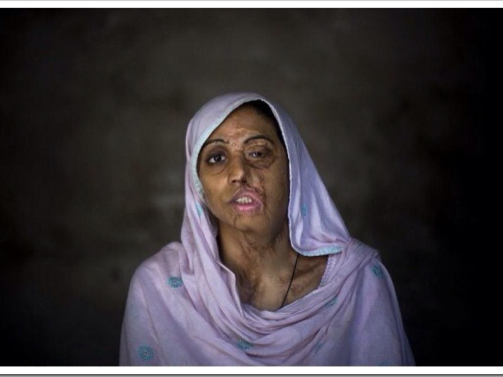 Mulheres No Afeganistão by Lucius Ferreira Simões