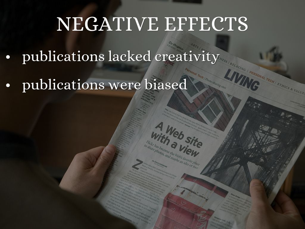 negative effects of internet on newspapers