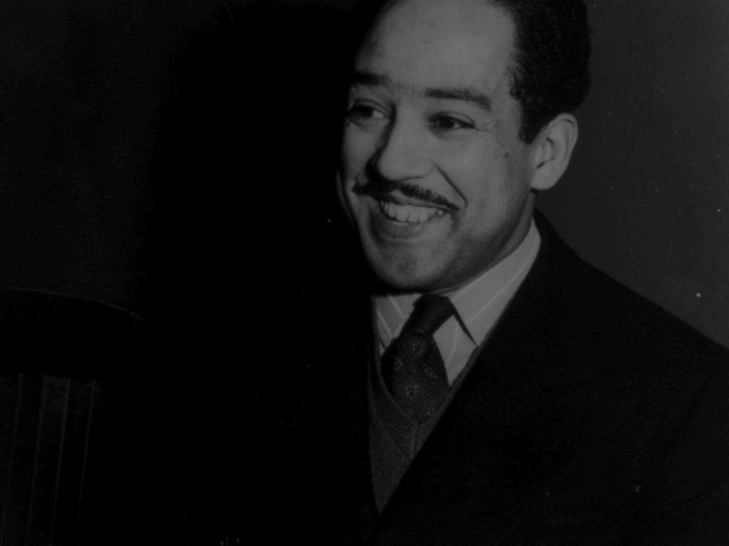 grown deep essays on the harlem renaissance Analysis of 10 famous poems by african american  of the movement known as the harlem renaissance  grown deep like the rivers langston hughes wrote his most.