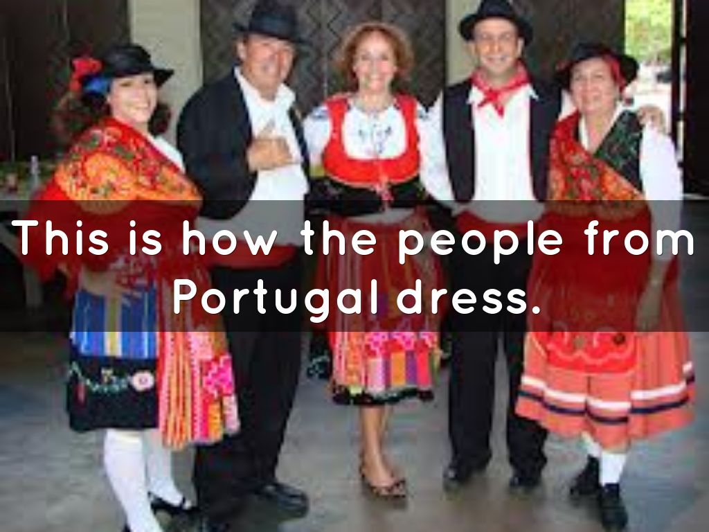 How do people in Portugal dress?