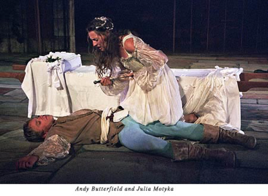 deaths of romeo and juliet not In the 1996 film, guns are used instead of swords and the actors play stars in a more modern era, while still keeping the shakespearean language tybalt slashes mercutio with glass, romeo shoots tybalt five times, and juliet shoots herself in the head with a gun.