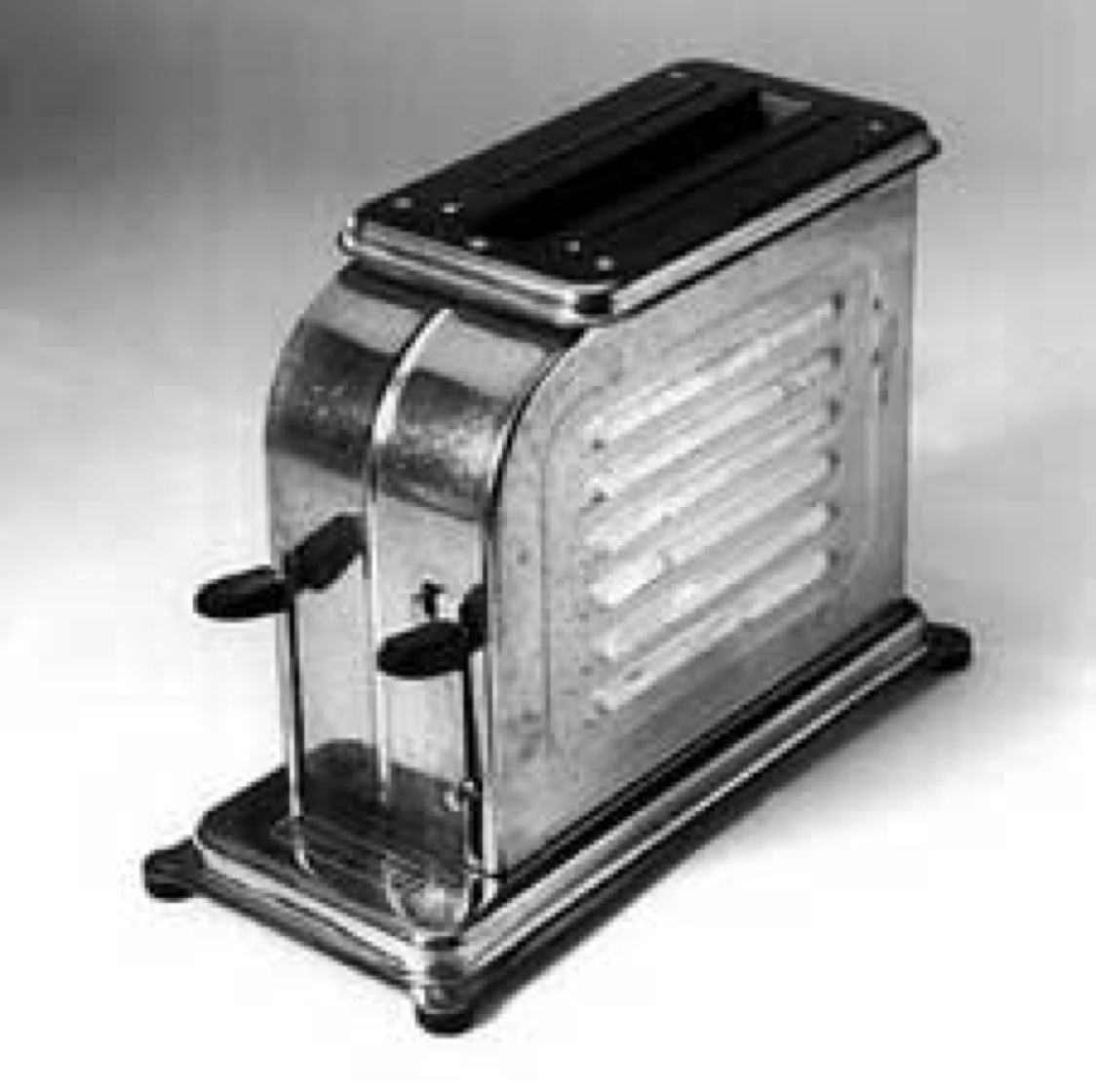 What Was The First Electric Toaster ~ Toaster by jazz sweet