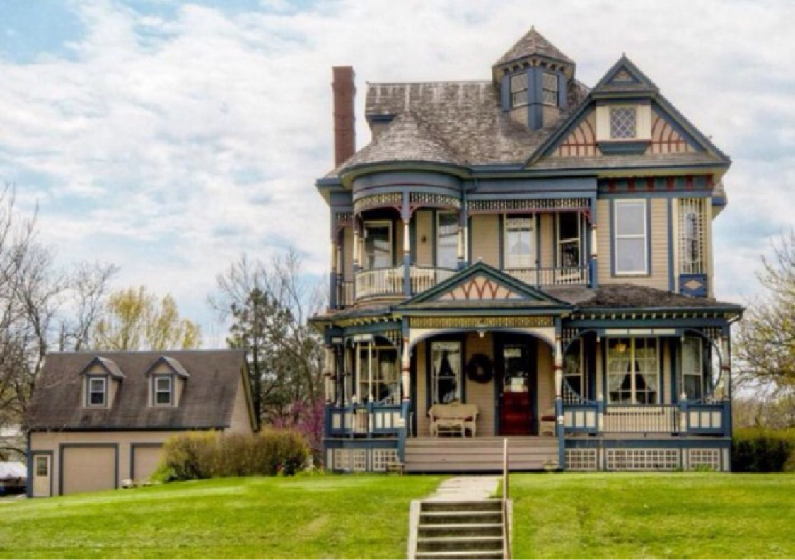 victorian house style (gothic)mackenzie lenk